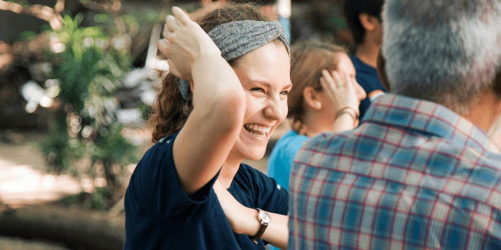 How to be happy | volunteer