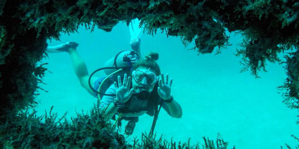 Take part in marine conservation volunteering with GVI and gain your diving certificate