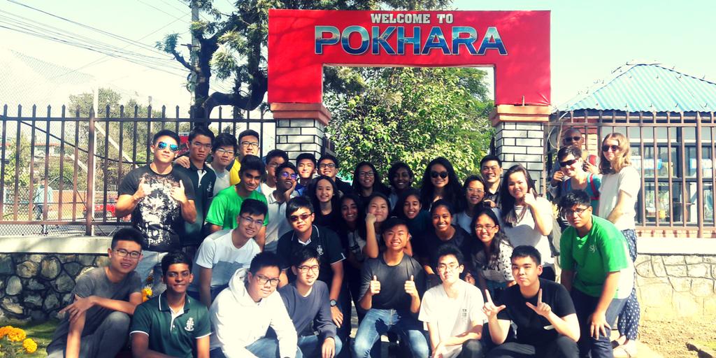 Teen volunteering in Nepal