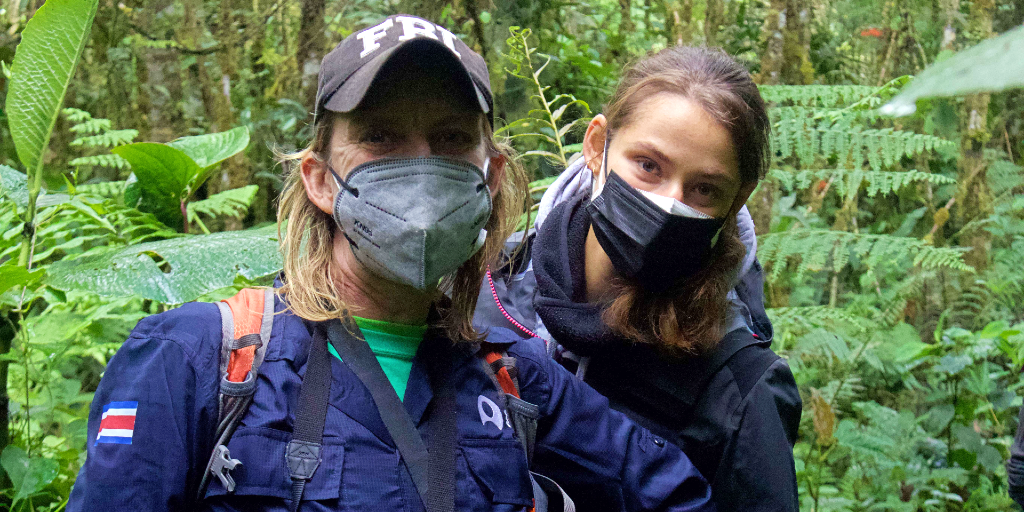 Health and safety standards are important when choosing a volunteer abroad program.